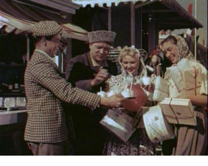 Кадр из фильма «Кубанские казаки»